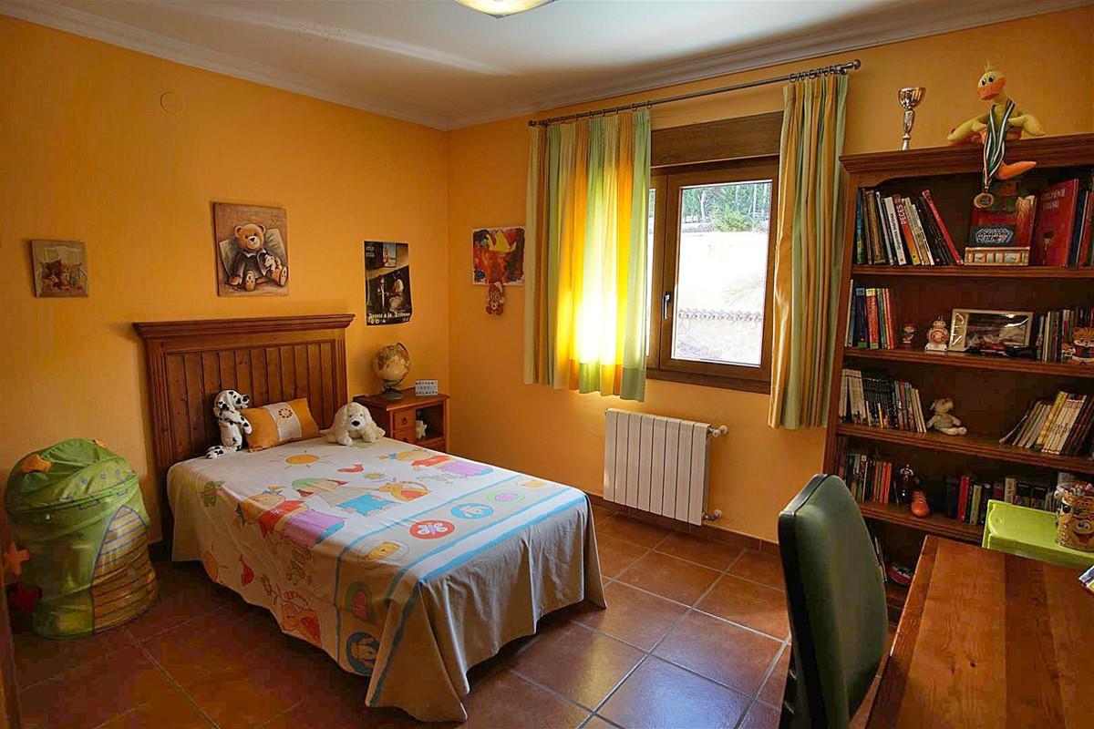 House in Alhaurín de la Torre R3523450 26