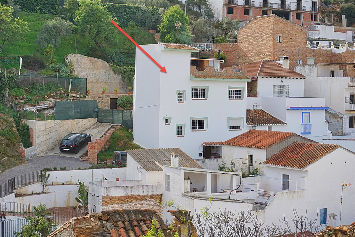 Townhouse for sale in Guaro