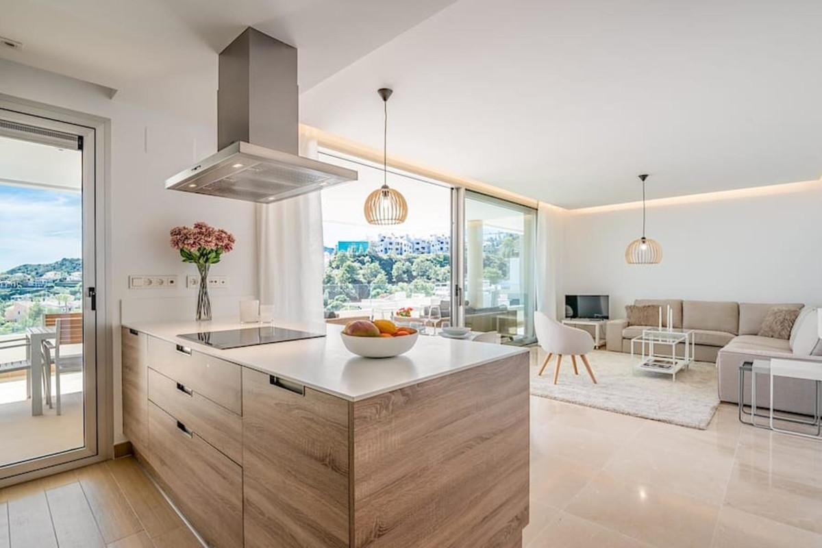 Apartamento en Venta en Benahavís – R3751825