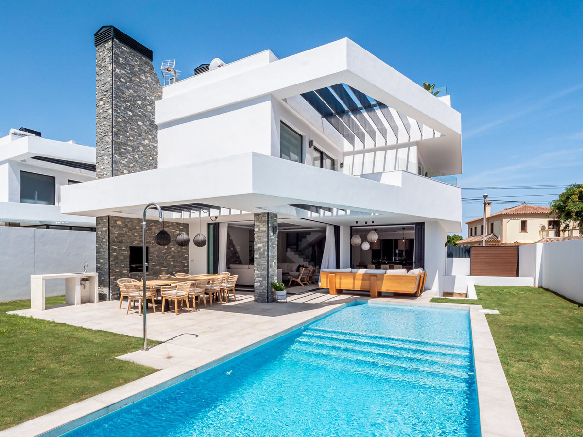 Villa Julie - Brand new modern house in San Pedro Playa, located just a short walk to the beach and ,Spain