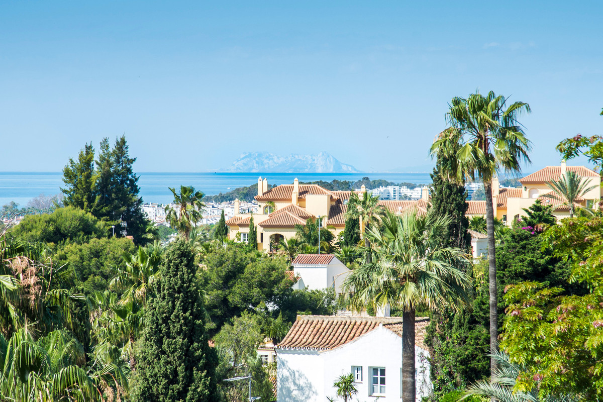 R3299767: Apartment for sale in Nueva Andalucía