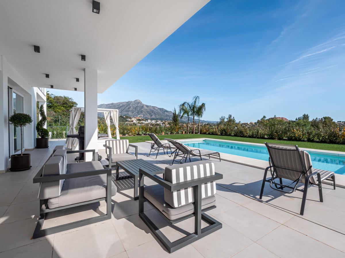 Villa – Chalet en Venta en La Quinta – R3539722
