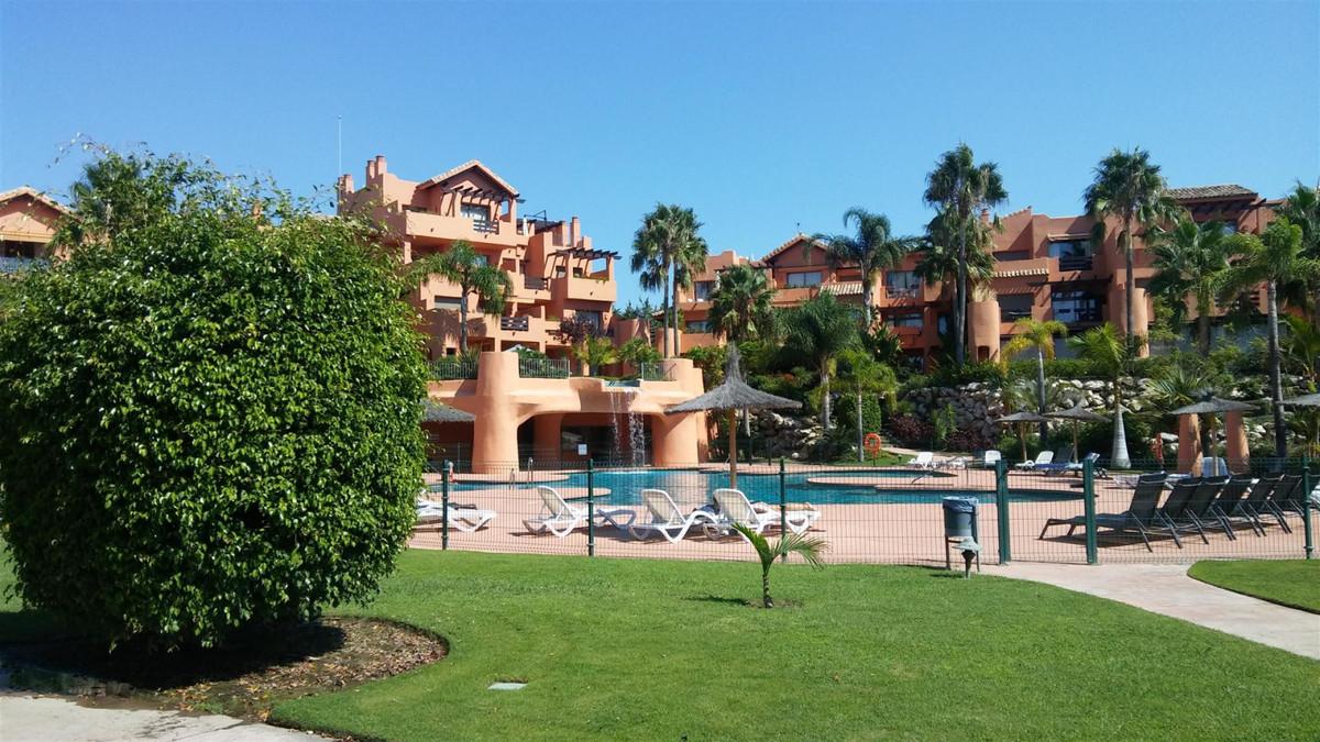 Marbella Banus Apartamento Planta Baja en Venta en Selwo – R3391630
