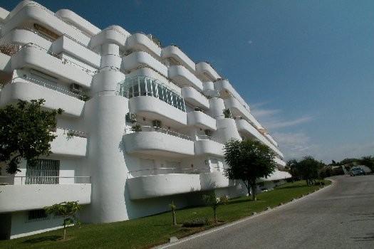 Marbella Banus Apartamento en Venta en Guadalmina Alta – R2291492