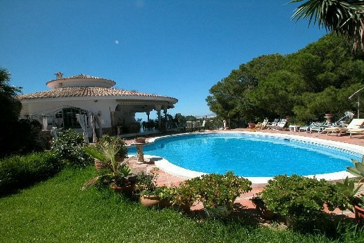 Nice luxury villa situated in Real Panorama with 5 bedrooms and 7 bathrooms. The villa has lovely ga,Spain
