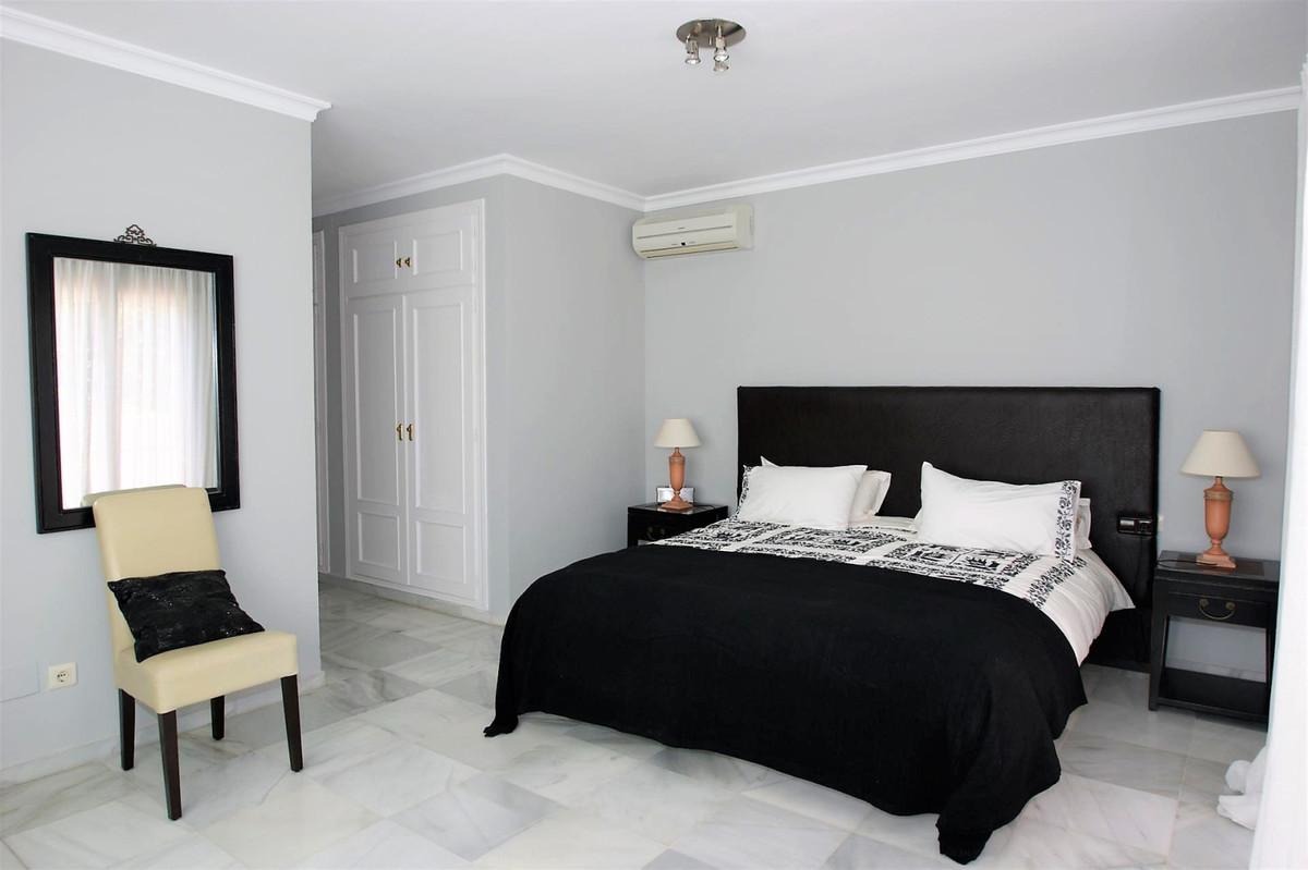 Villa – Chalet en Venta en Marbella – R3524179