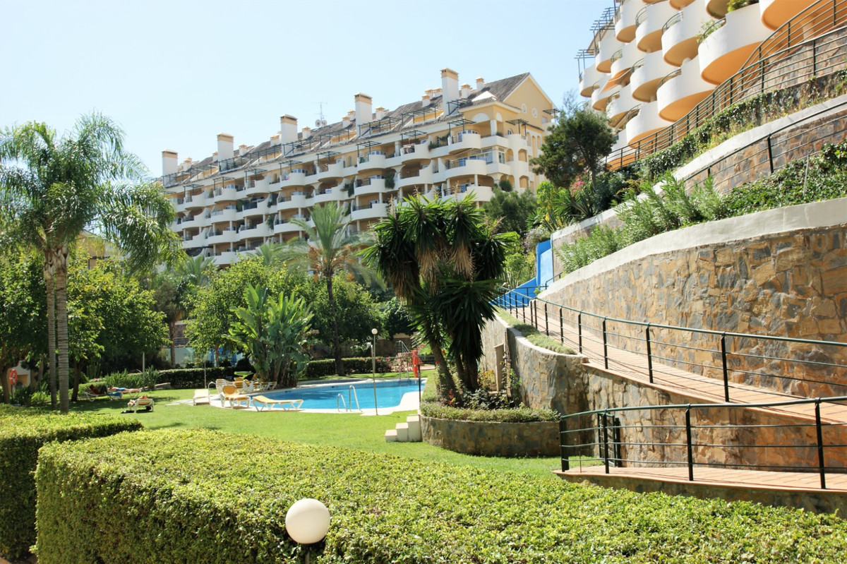 Fantastic apartment in Nueva Andalucia, very close to the bullring and Centro Plaza.  Walking distan,Spain