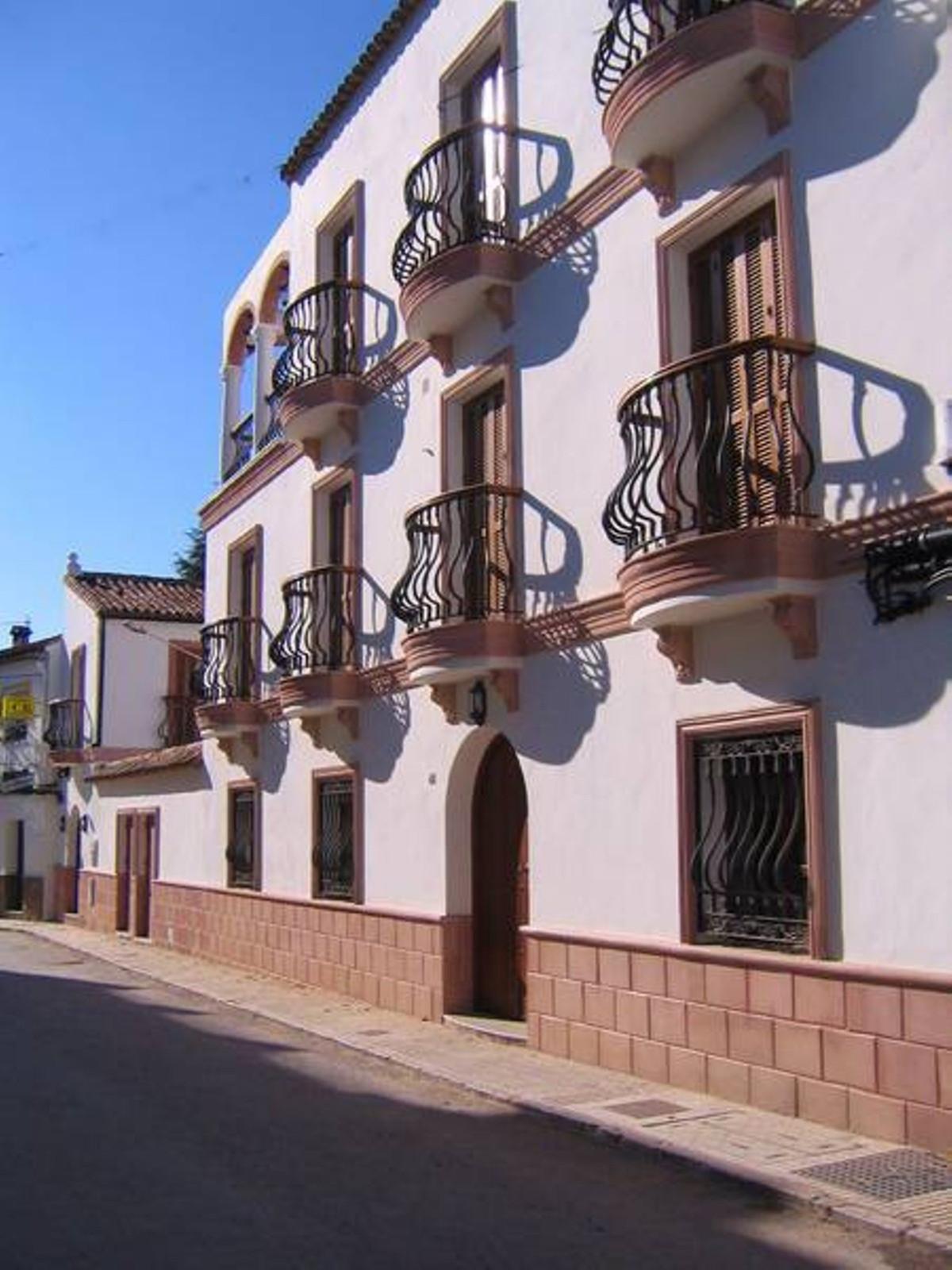 Ref:R3662336 Commercial - Hotel For Sale in Cortes de la Frontera