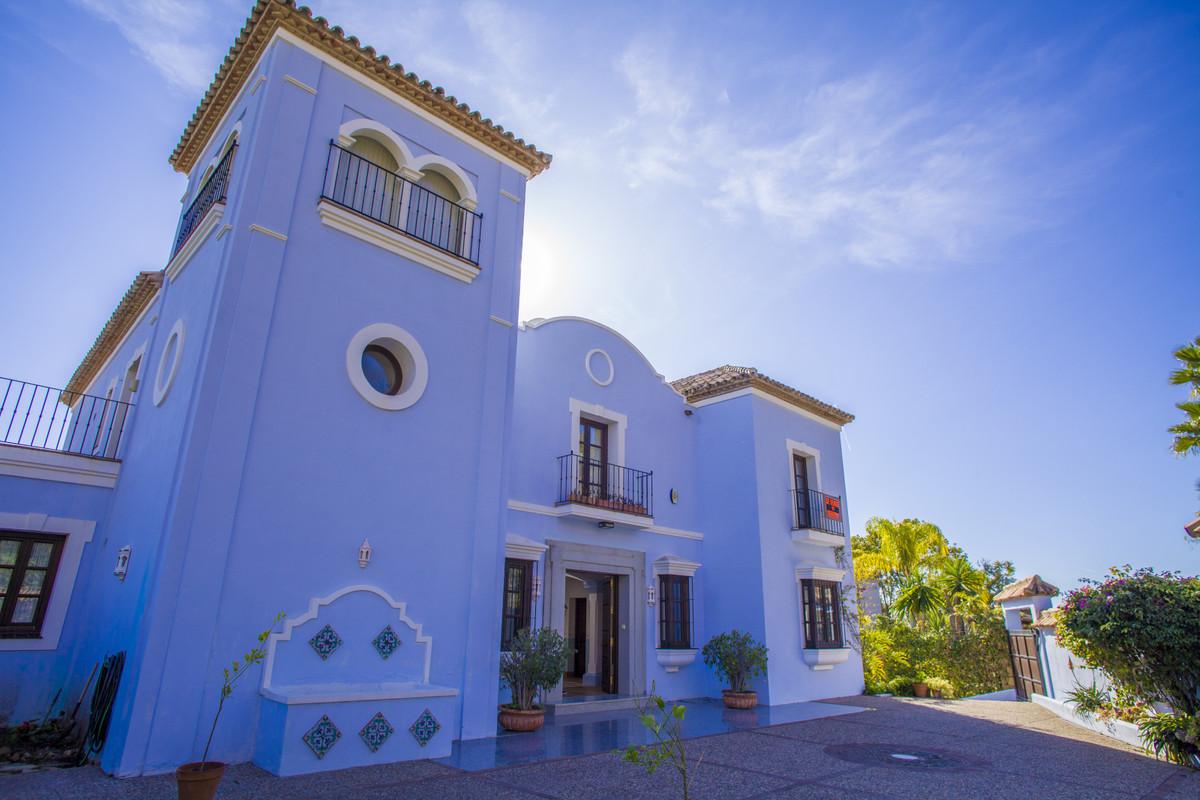 Marbella Banus Villa – Chalet en Venta en Monte Halcones – R3662321