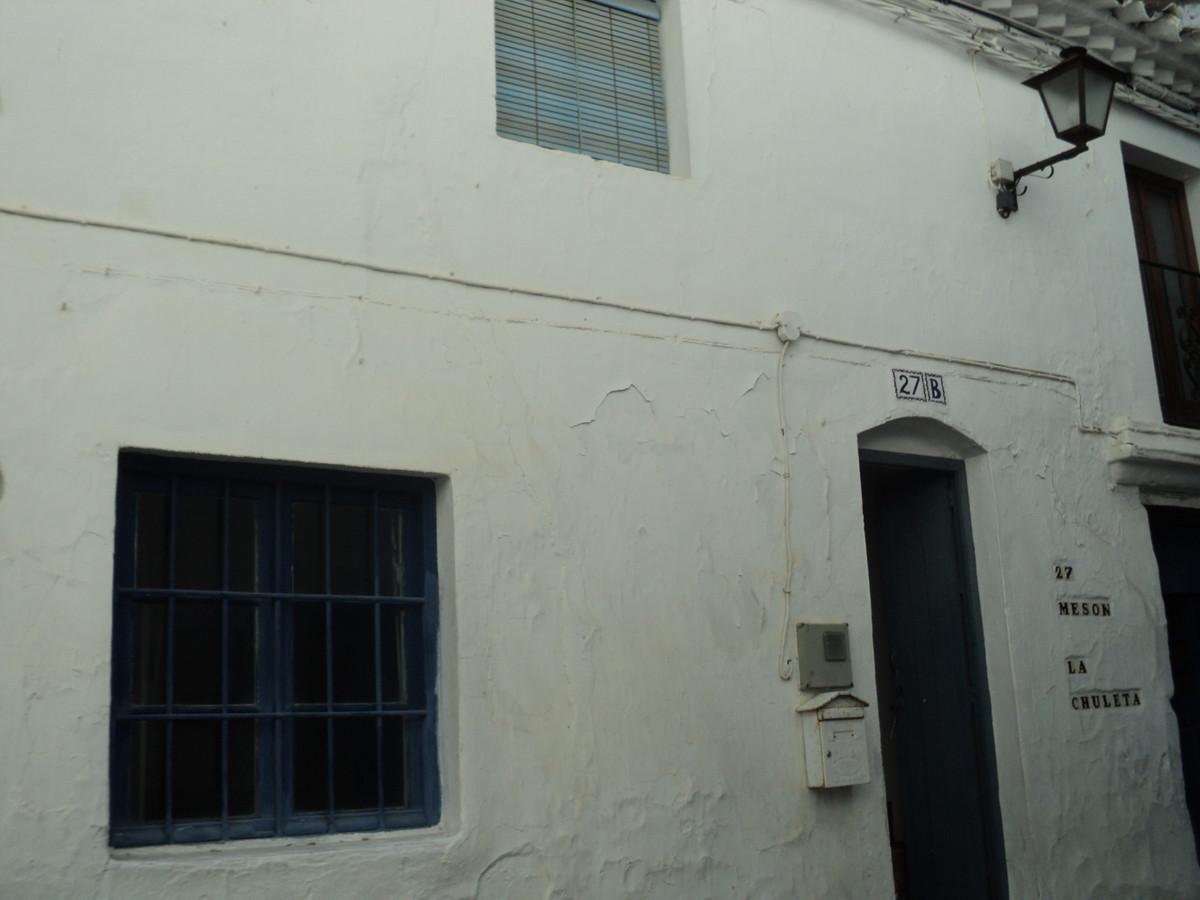 R3594487: Apartment - Penthouse in Casares Pueblo