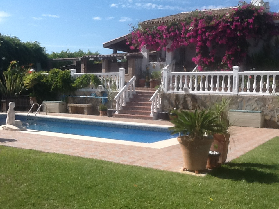 Ref:R3662246 Villa - Detached For Sale in Manilva