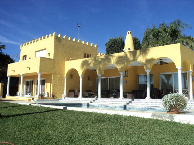 Ref:R3325117 Villa - Detached For Sale in Marbella