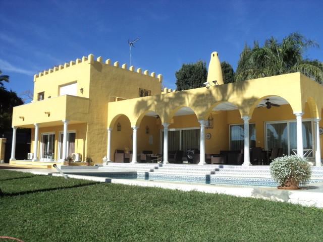 Marbella Banus Villa – Chalet en Venta en Marbella – R3662270