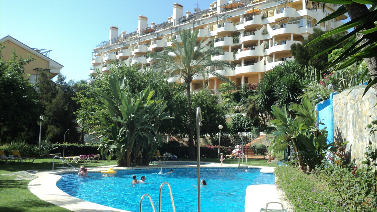 Ref:R3467269 Apartment - Middle Floor For Sale in Nueva Andalucía