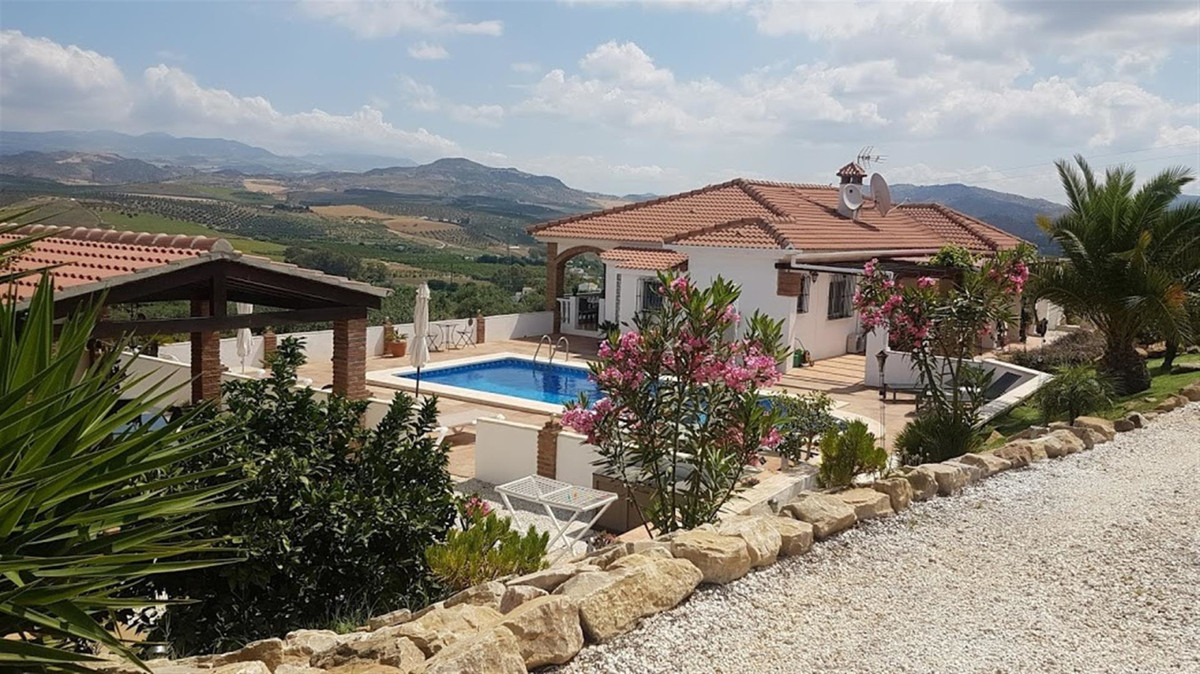 This property is presently divided into three sections and is currently operational as a self cateri, Spain