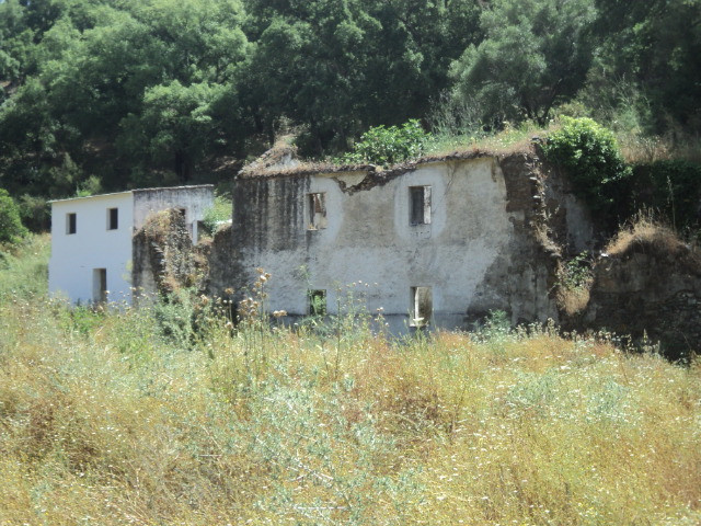Finca Tintorera is a derelict ruin on 40 hectares ( 400,000 m2 ) of fertile farmland which borders t, Spain