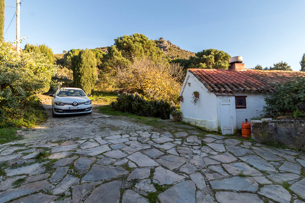 R3324610: Villa - Finca for sale in Casares