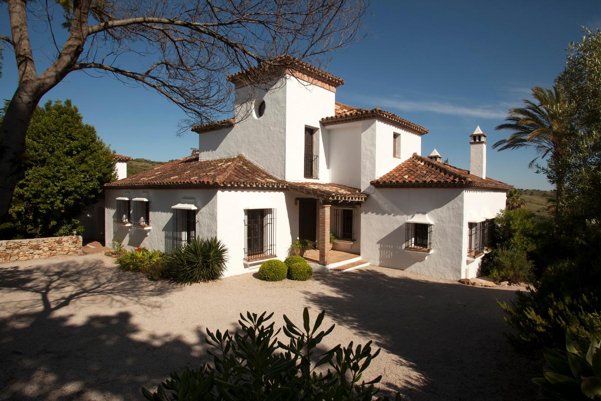 Villa 5 Dormitorios en Venta Gaucín