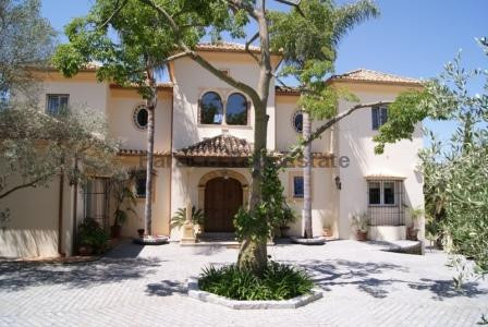 Ref:R3662042 Villa - Detached For Sale in El Paraiso