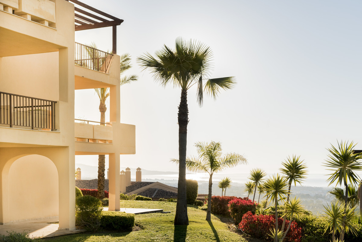 Your secluded hilltop retreat  3 bed middle floor corner apartment 2 bathrooms, 1 ensuite  Ideal hom,Spain