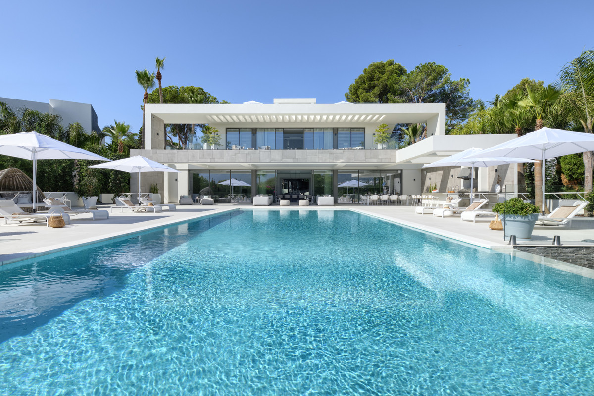 This is the finest and highest quality brand new super luxury villa that has been completed in July , Spain