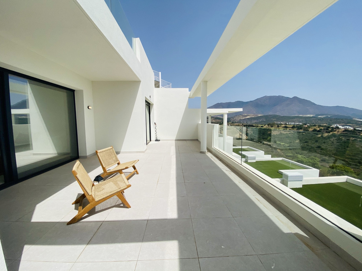 Luxury 2 bedroom apartment for sale in one the most attractive and luxurious places on the Costa del,Spain