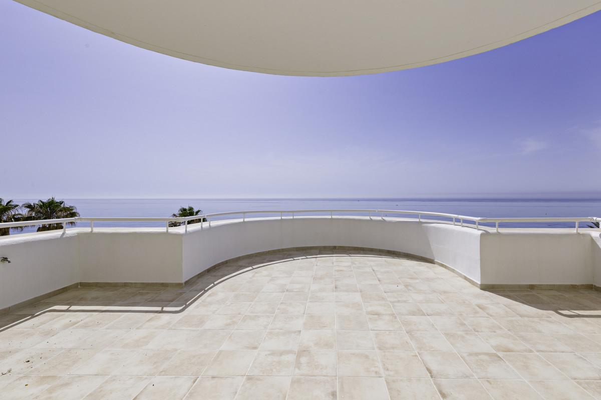 Apartment Penthouse Estepona Málaga Costa del Sol R3876070 2