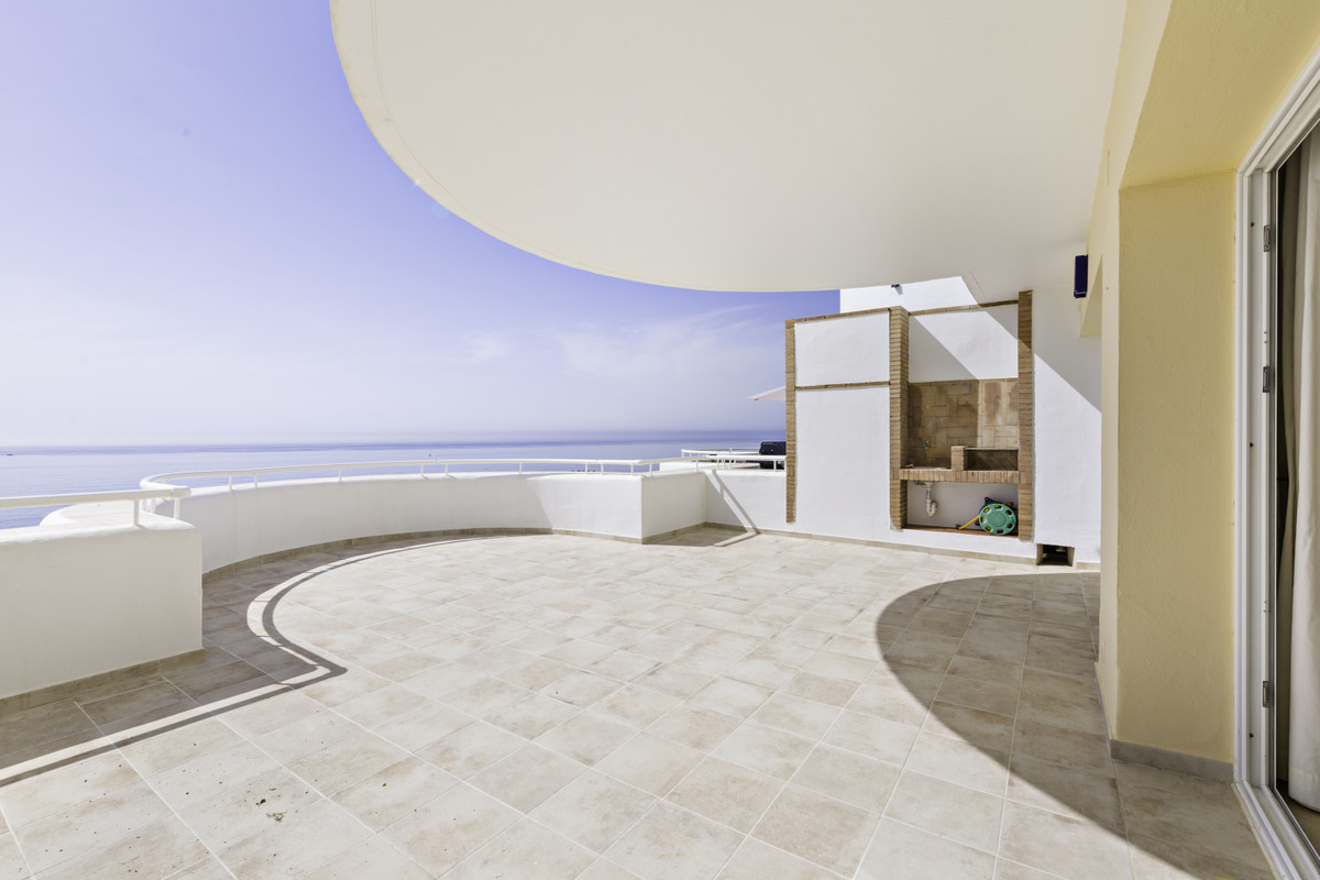 Apartment Penthouse Estepona Málaga Costa del Sol R3876070 7