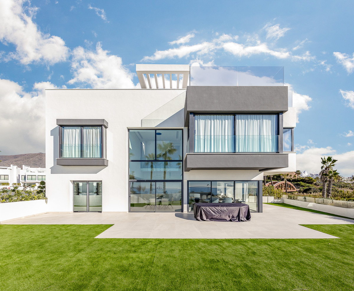 Unique new build Luxury Villa, in one of the newest and best urbanisations there is on the Costa del,Spain