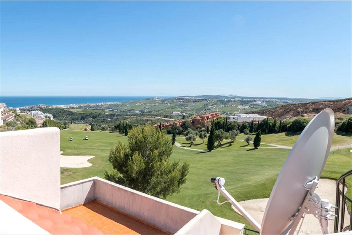 Ref:R3472324 Penthouse For Sale in Casares