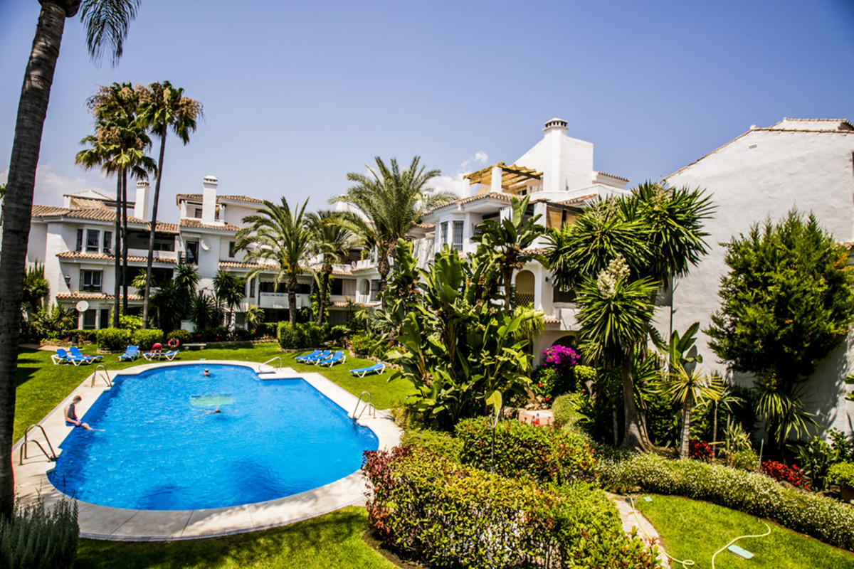 Two bed groundfloor apartment in Los Naranjos de Marbella  Splendid two bed two bath grounfloor apt , Spain