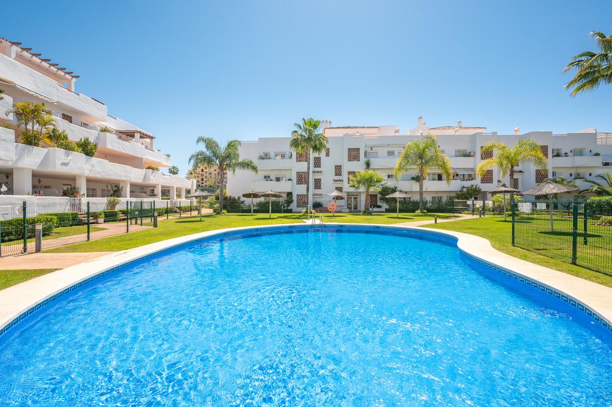 Marbella Banus Apartamento Planta Baja en Venta en Selwo – R3759598