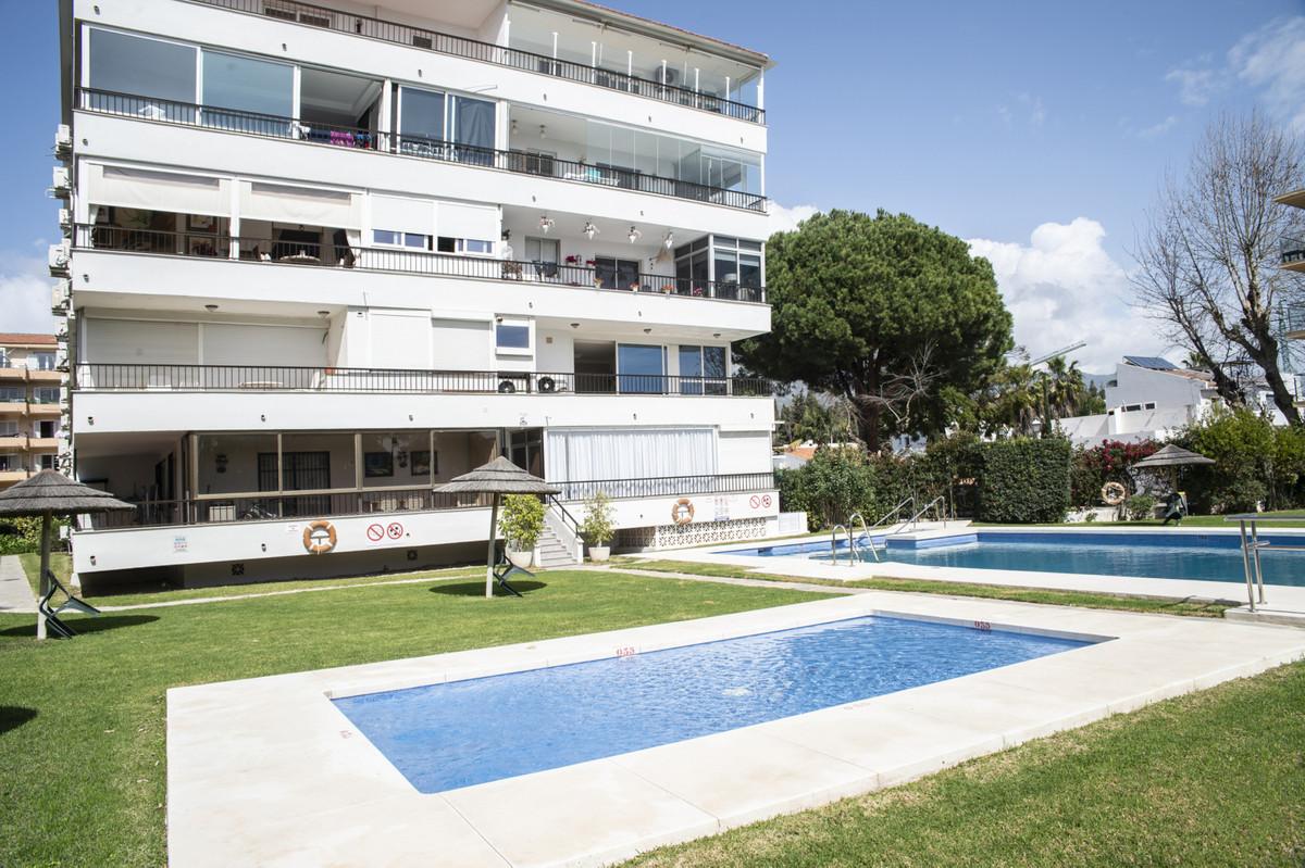 Study in Rio Verde Playa, 38 square meters, bedroom, bathroom, living room, kitchen with breakfast b,Spain