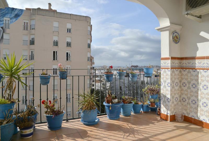 Apartamento Planta Media, Estepona – R3609425
