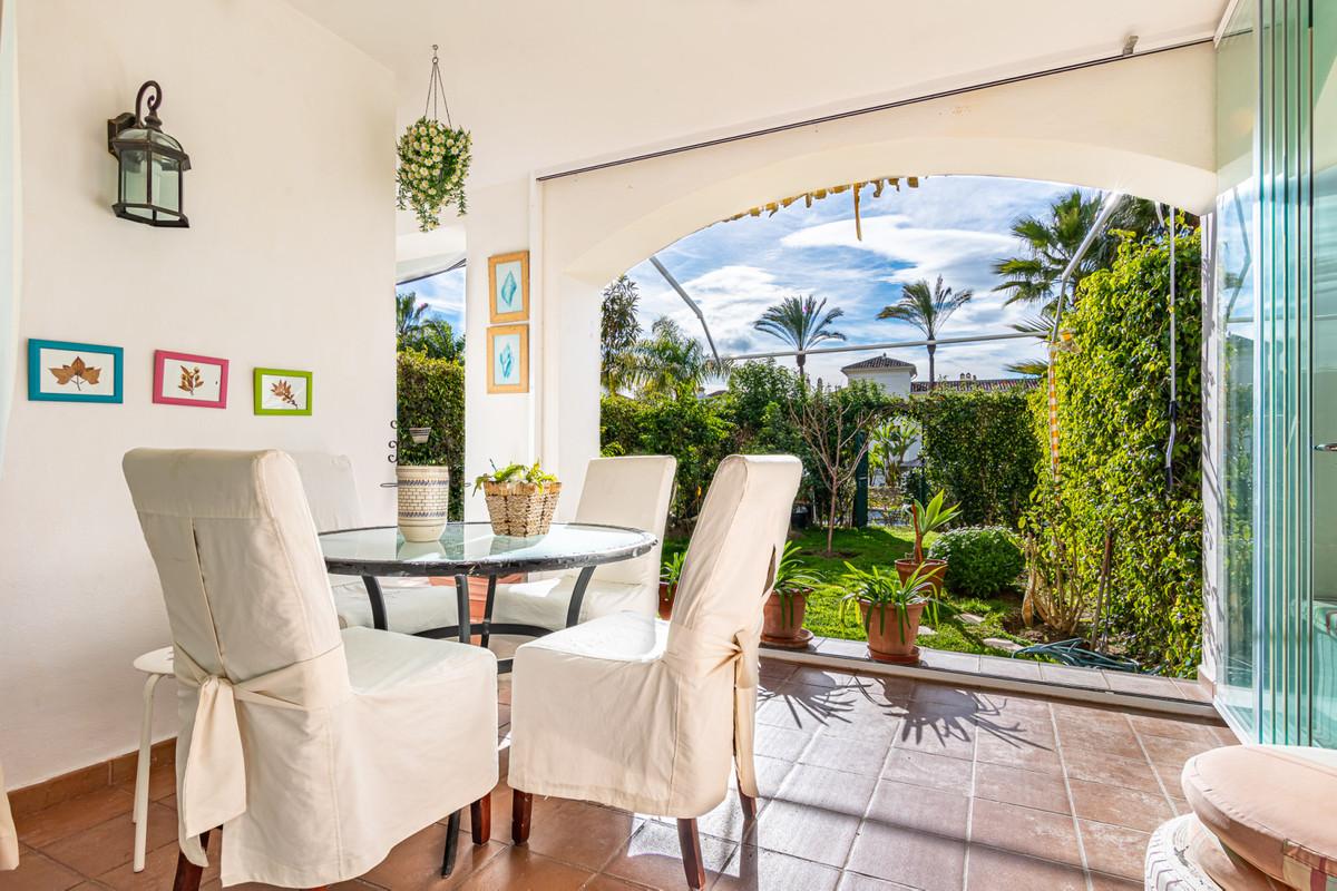 Marbella Banus Apartamento en Venta en Selwo – R3786937