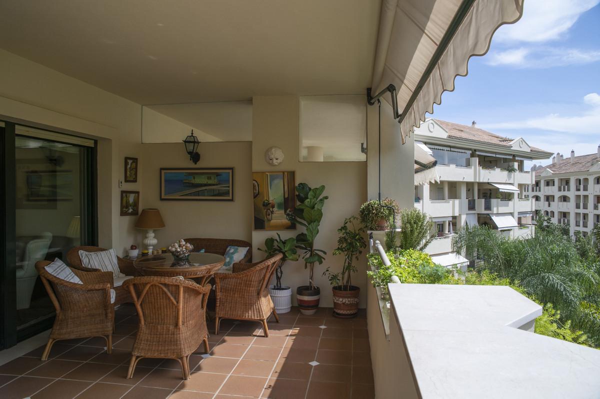Marbella Banus Apartamento en Planta Última en Venta en Guadalmina Alta – R3731908