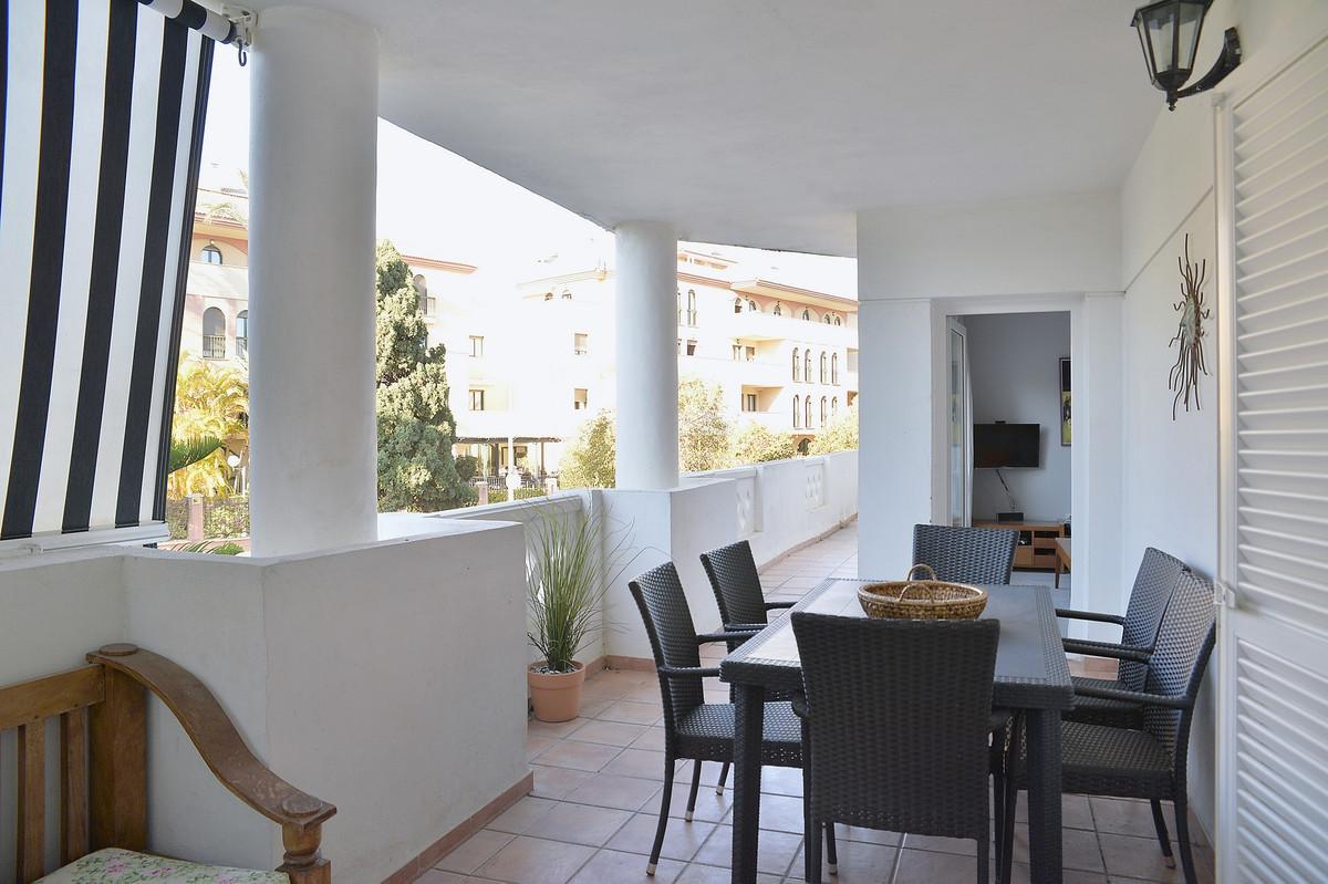 Apartamento en Venta en Puerto Banús – R2032592