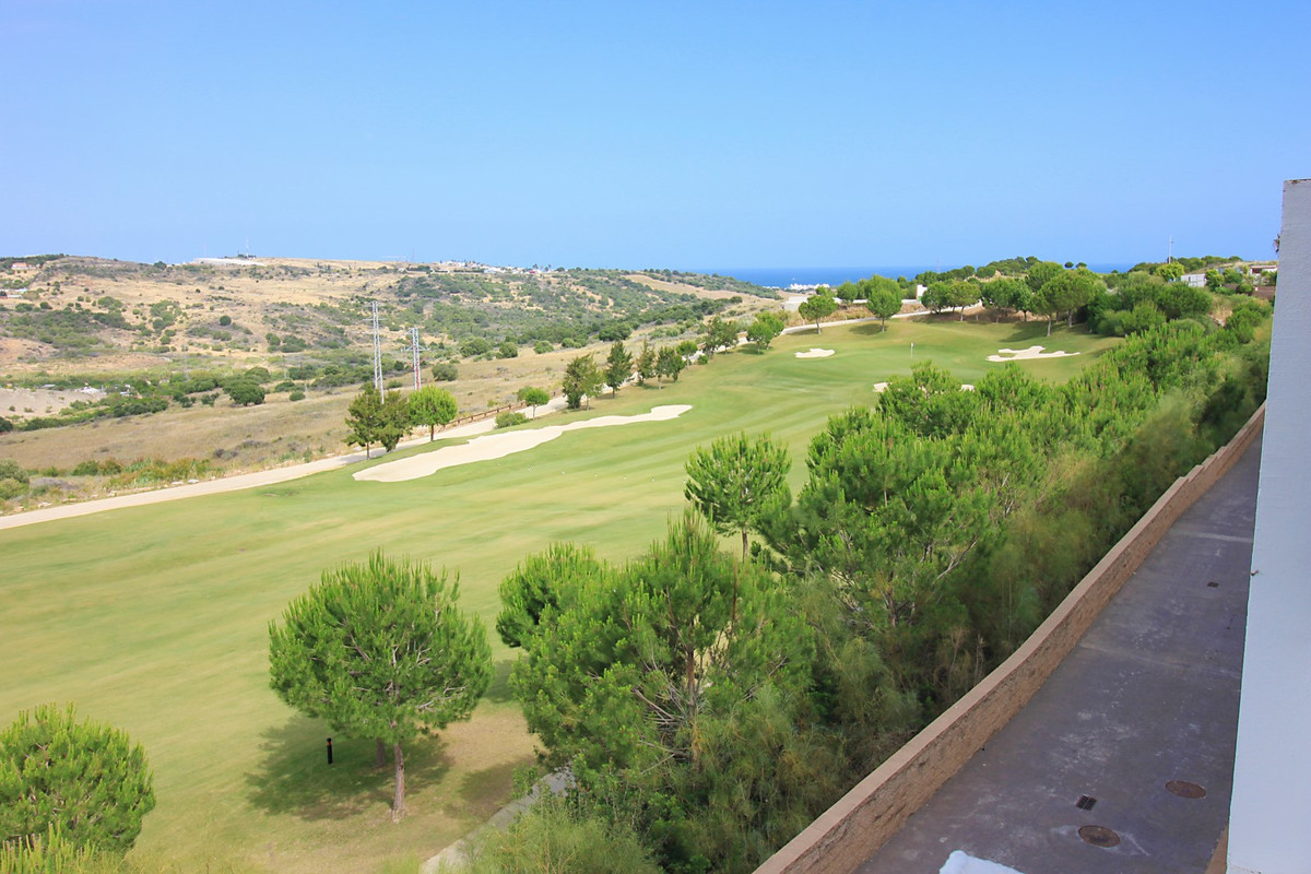 Only for inversors !!! Fantastic panoramic views of the sea and the mountains in fist line golf! Are, Spain