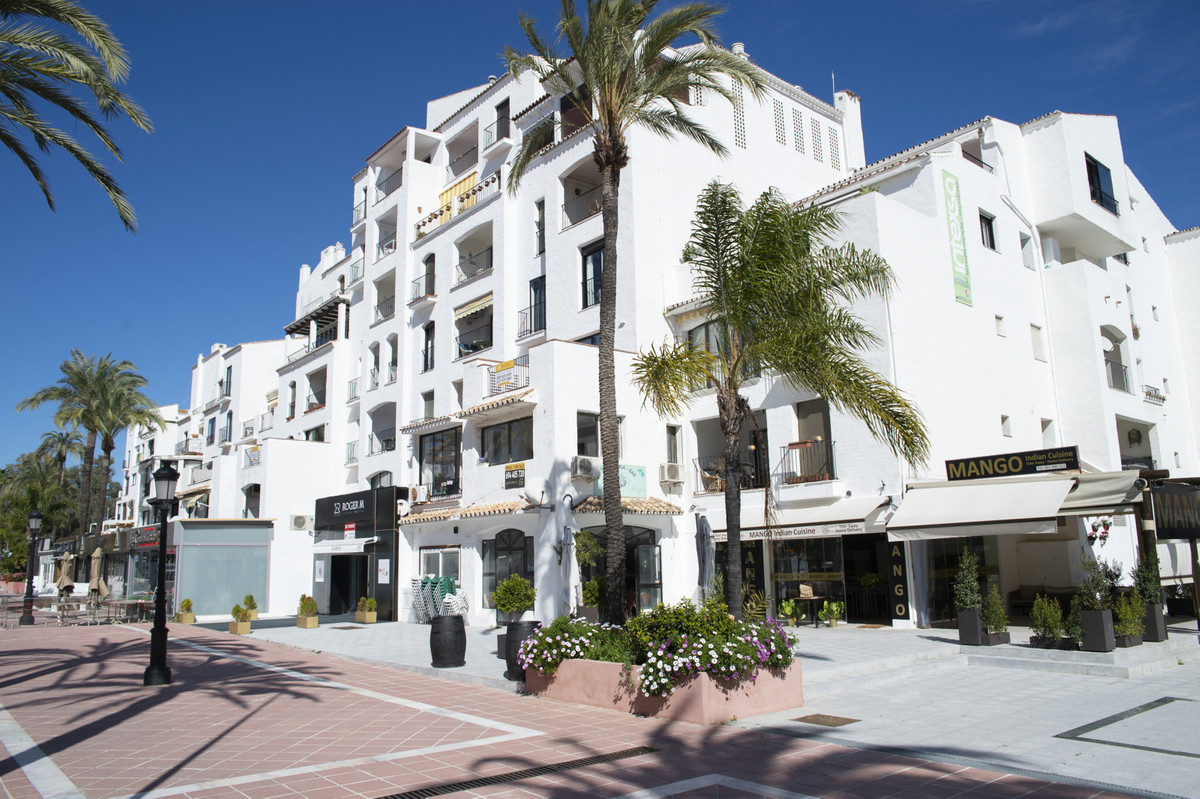 Commercial premises for sale at street level in one of the best areas of Puerto Banus, Marbella. It ,Spain