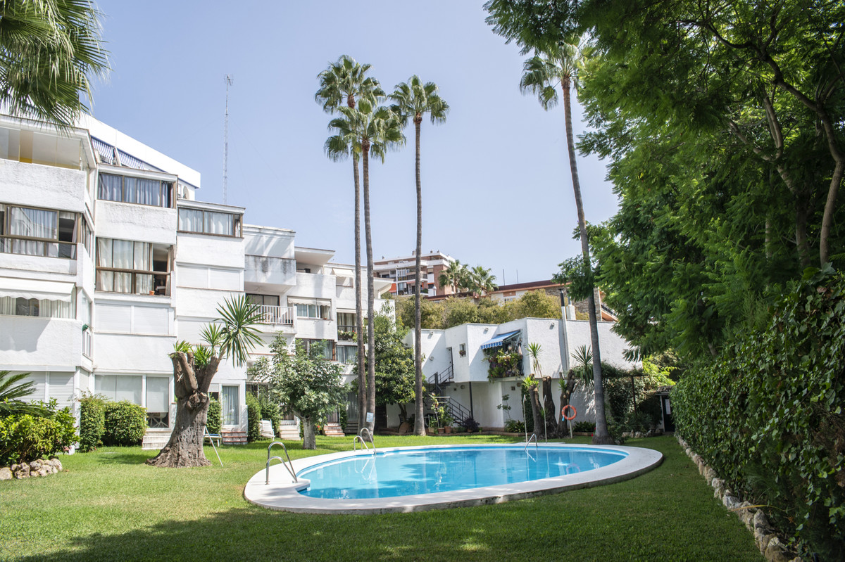 Top Floor Apartment in Marbella