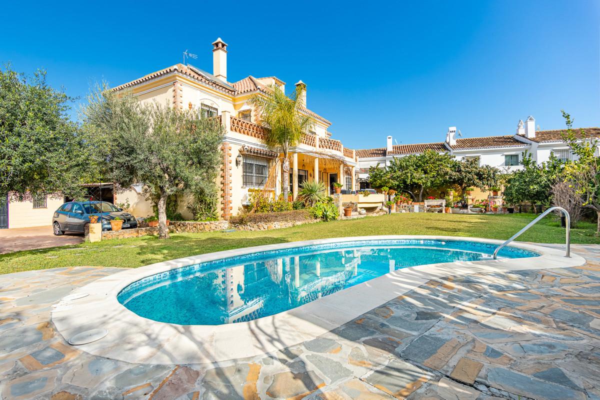 Marbella Banus Villa – Chalet en Venta en San Pedro de Alcántara – R3439408