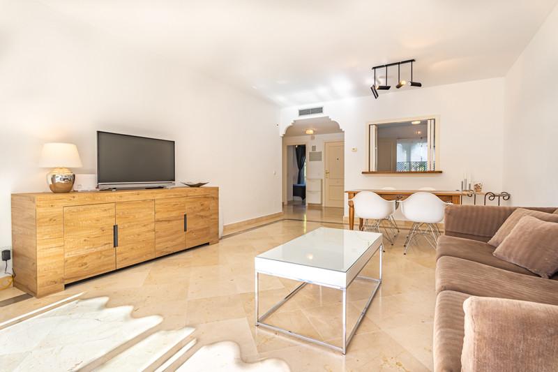 Apartamento Planta Media en venta en El Presidente – R3500722