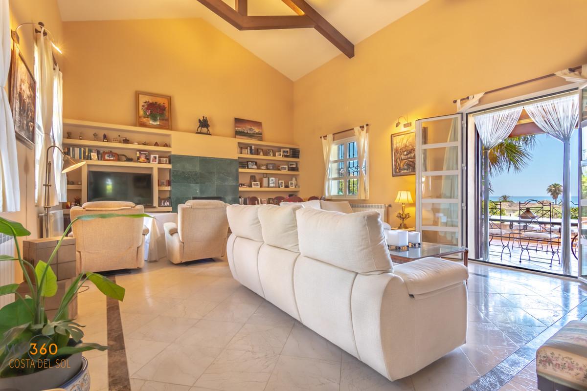 Villa Detached for sale in Elviria, Costa del Sol