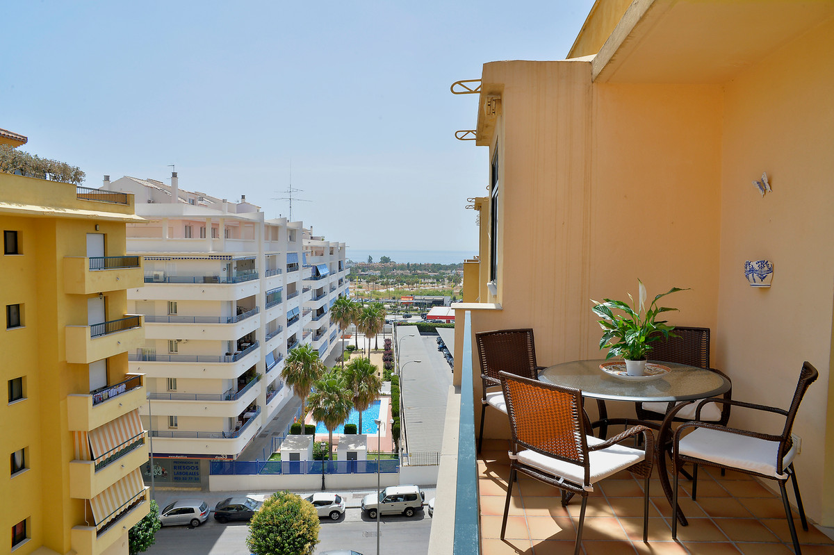 Cozy apartment with 2 bedrooms, 2 bathrooms, living-dining room, fully equipped and furnished kitche, Spain