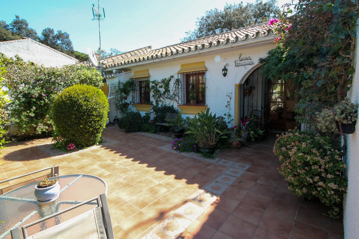House in Elviria R3628523 2