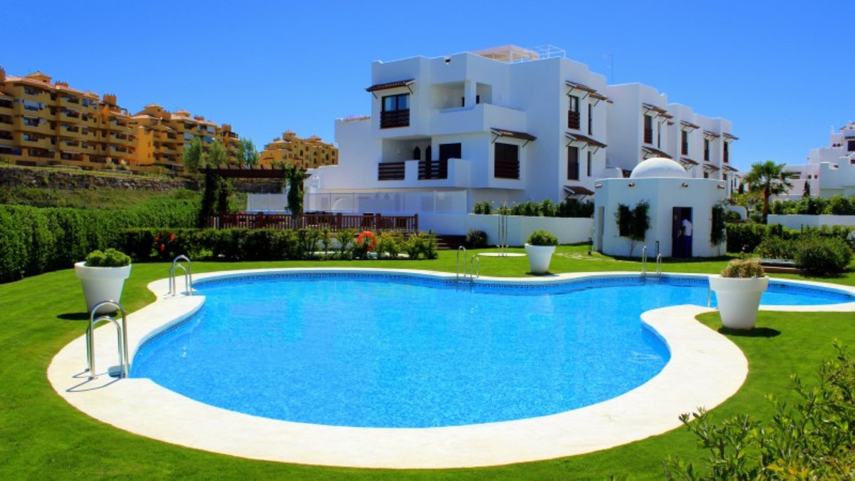 Brand new property offered for resale. This 2 bedroom ground floor garden apartment is located less , Spain