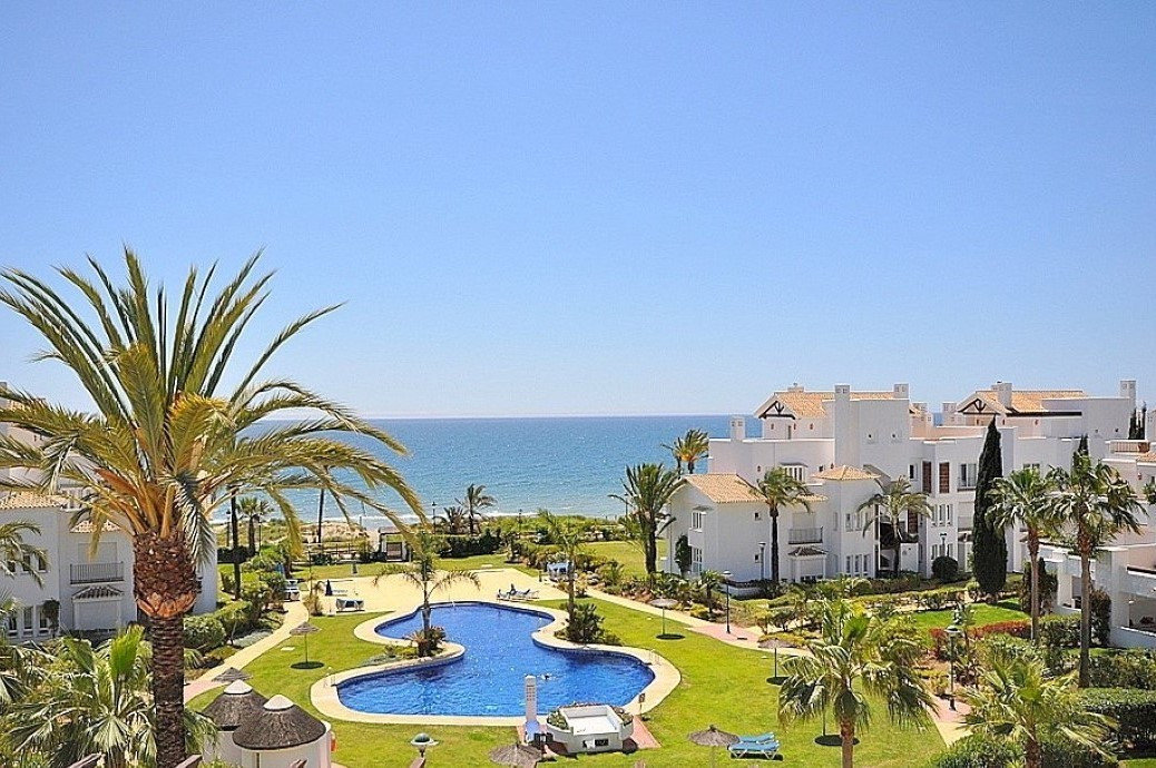 Ground Floor Apartment for sale in Los Monteros R3034112