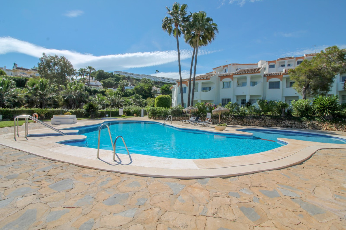 One of the best views in La Cartuja, Calahonda. This 2 bed apartment on the first floor is ready to , Spain