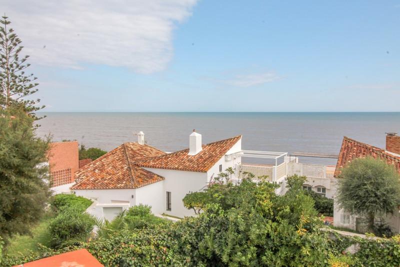 Villa – Chalet en venta en Estepona – R3271240