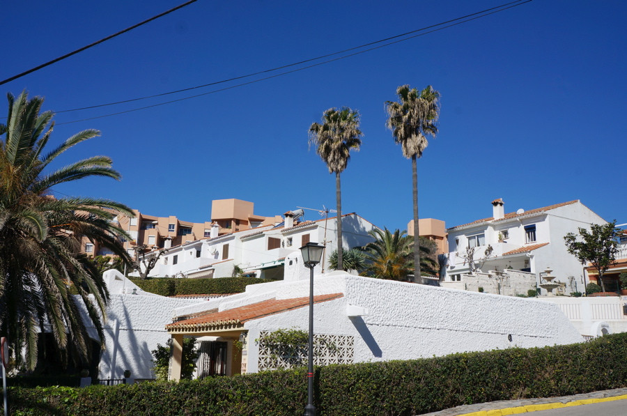 Beautiful Andalucian house in Torreguadiaro, with walking distance to all amenities and the lovely B, Spain